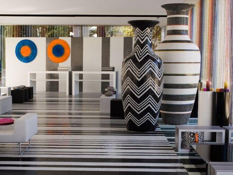 I vasi in mosaico trend firmano gli hotel missoni for Vasi grandi da interno