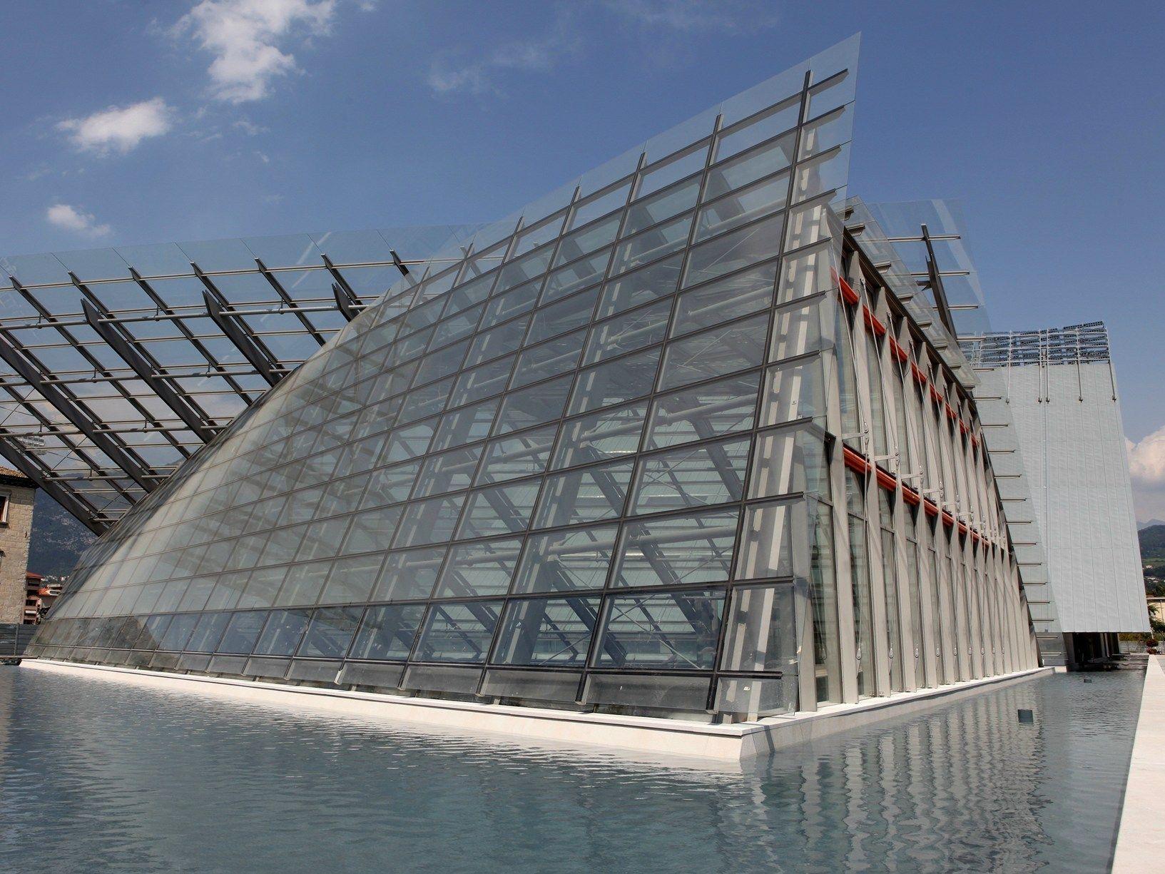 Trento inaugura il muse la 39 montagna 39 di renzo piano for Progetti di renzo piano