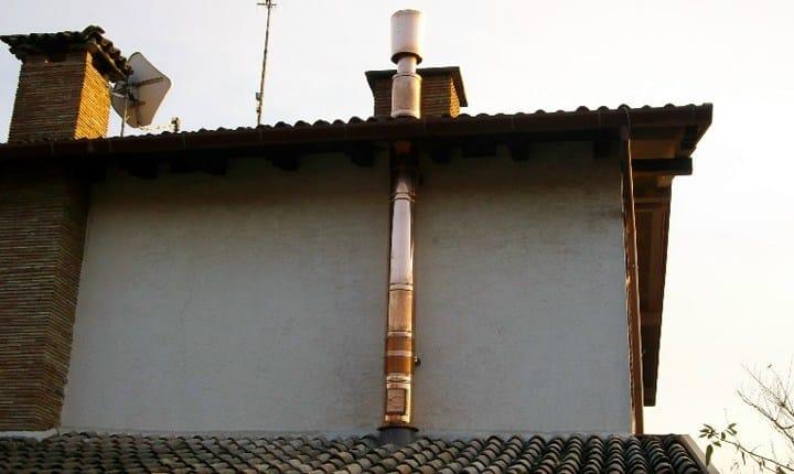 Installazione canna fumaria pu servire il permesso di - Canna fumaria esterna normativa ...