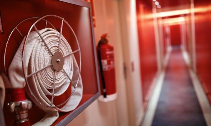 Antincendio, in vigore le nuove norme di prevenzione per le scuole
