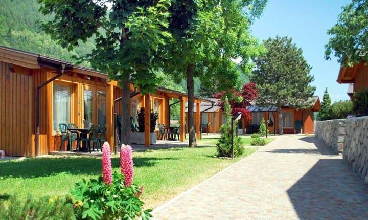 Puglia sar pi semplice costruire case mobili tende e for Semplice software di progettazione di mobili