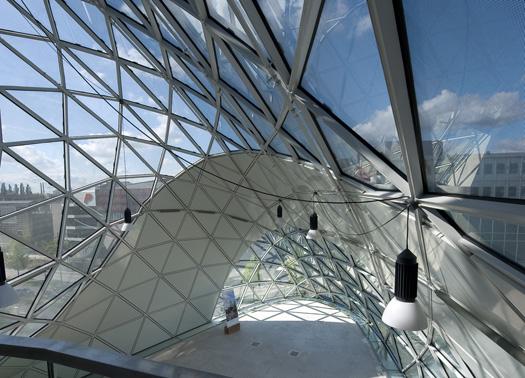 Strutture in vetro e acciaio