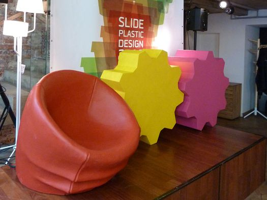 Slide Design Plastic 2010
