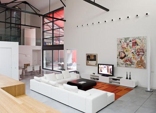 Un grande loft a bordeaux ambizioso e scenografico for Progetti design interni