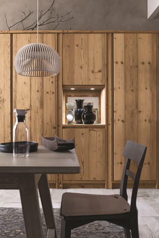Legno d abete massello eco cemento e pietra for Grancasa tavoli e sedie