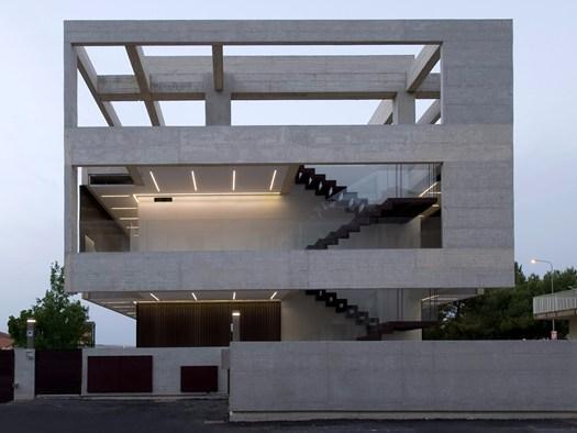 Ragusa la casa nl nf firmata da architrend architecture for La casa tradizionale progetta una storia