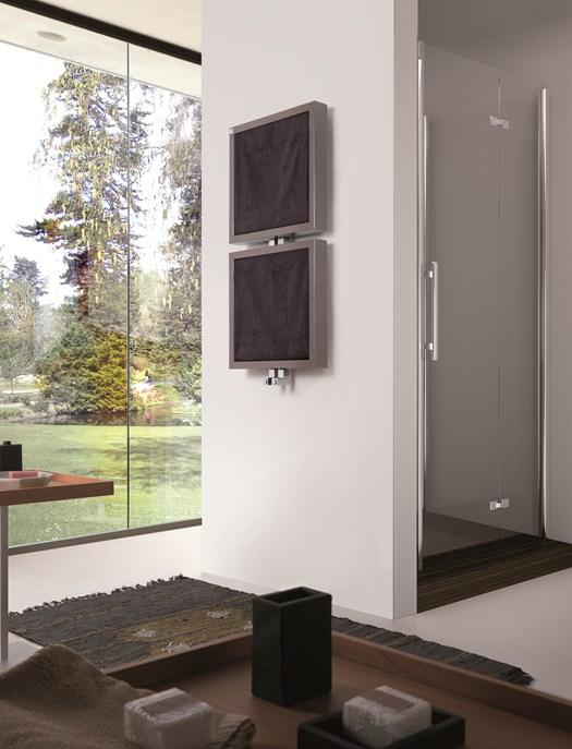 deltacalor presenta gli scaldasalviette bis e tris. Black Bedroom Furniture Sets. Home Design Ideas