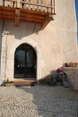 I prodotti naturali tassullo per il recupero del medievale for Castel vasio