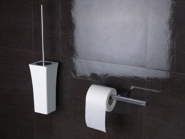 Astoria by regia tanti nuovi accessori per vivere il bagno for Regia accessori bagno