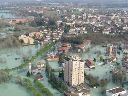 Report sulla dispersione urbana: punte del 60% per Napoli e Milano