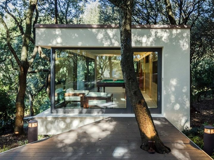Sassari: Officina29 firma La Casa nel bosco di lecci