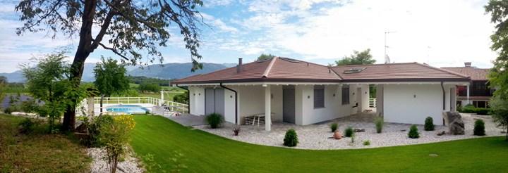 Fakro per una villa di nuova costruzione for Piani di un piano in stile ranch