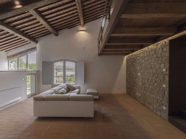 Il restauro di una casa colonica del 1700 sulle colline senesi for Semplici piani di una casa colonica