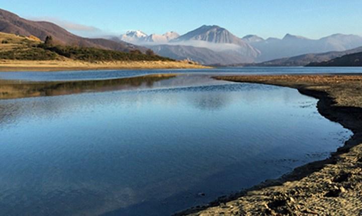 Aria, acqua, suolo, esseri viventi. Quanto valgono i beni naturali?