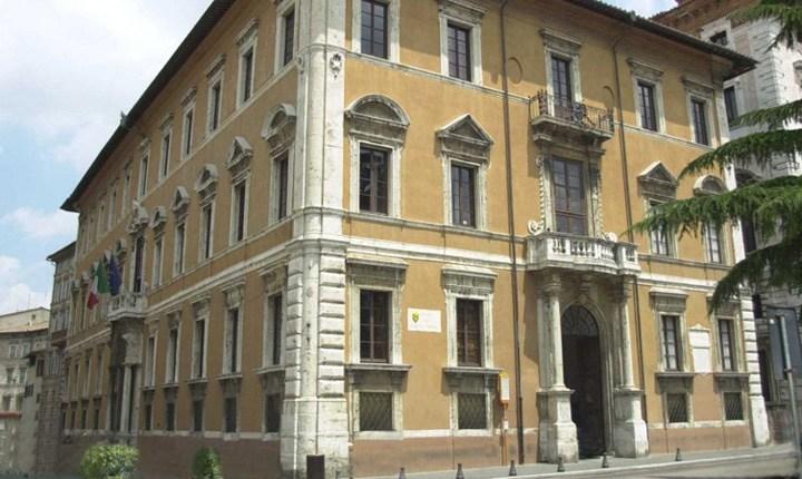 Restauro con cambio d'uso, in Toscana mozione per rivedere le norme edilizie