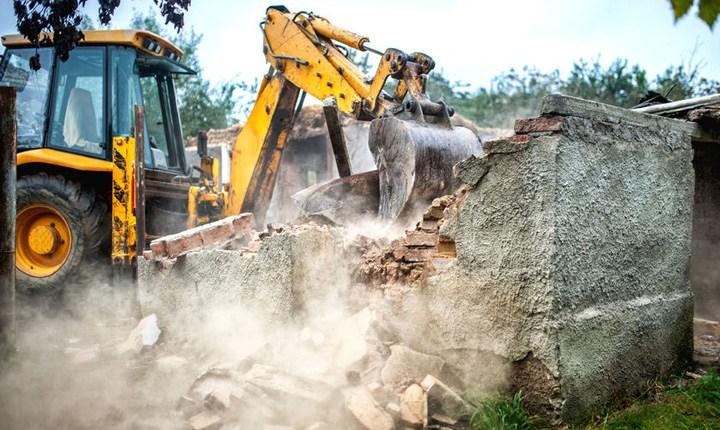 Rifiuti speciali, il 43% dei non pericolosi arriva da costruzioni e demolizioni