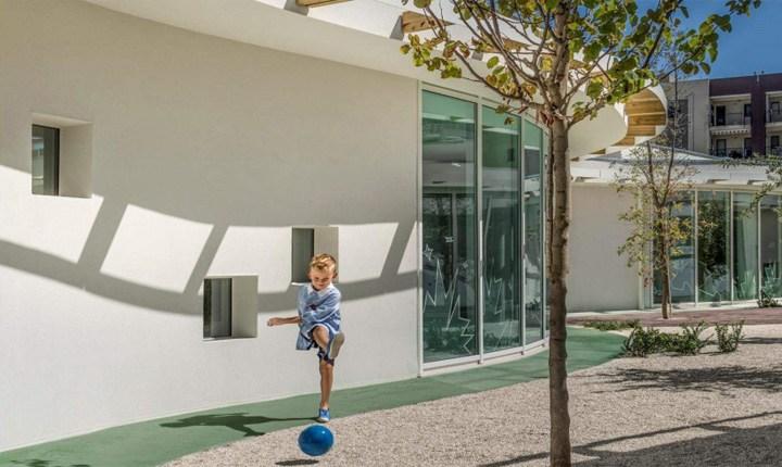 Scuola dell'infanzia 'Sandro Pertini' a Bisceglie (BAT), esempio di scuola innovativa e sicura