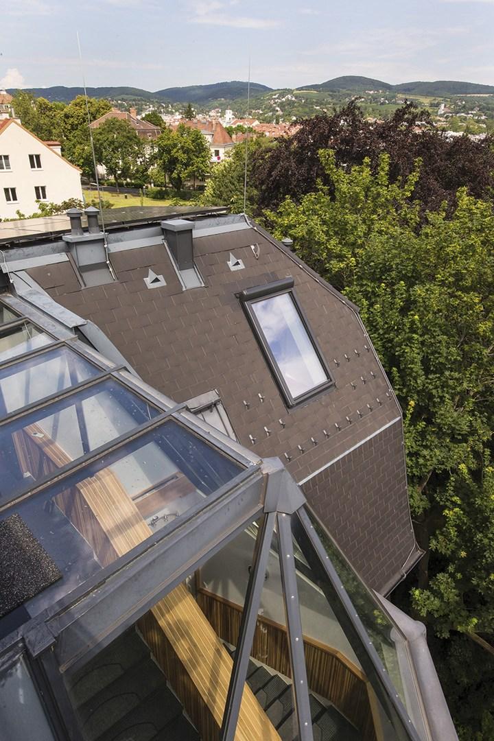 Le finestre da tetto FAKRO per una sauna con vista