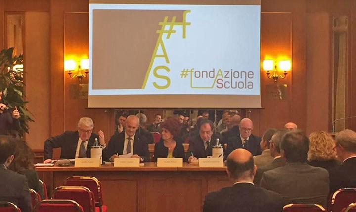 Progetti sulle scuole, due milioni di euro ai Comuni che li affidano ai liberi professionisti