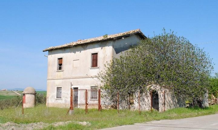 Casa Cantoniera a Montescaglioso (MT)