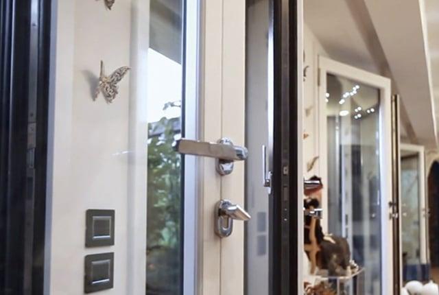 Antifurto e antieffrazione quali sono i sistemi di sicurezza migliori - Porta finestra blindata ...