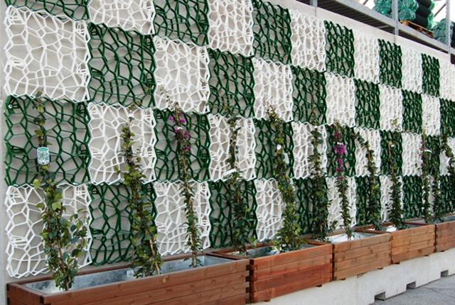 Tetti verdi e giardini verticali idee green per valorizzare gli edifici - Prato verticale per interni ...