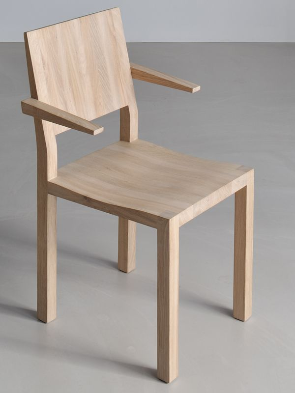 Chair Tau By Vitamin Design Relies On Beautiful Simplicity