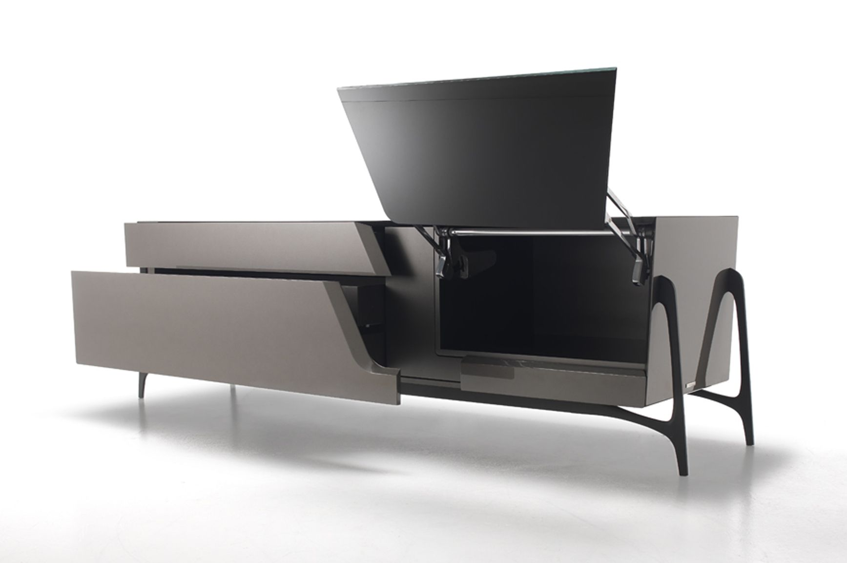 Mercedes benz style formitalia presents the new for Mercedes benz furniture