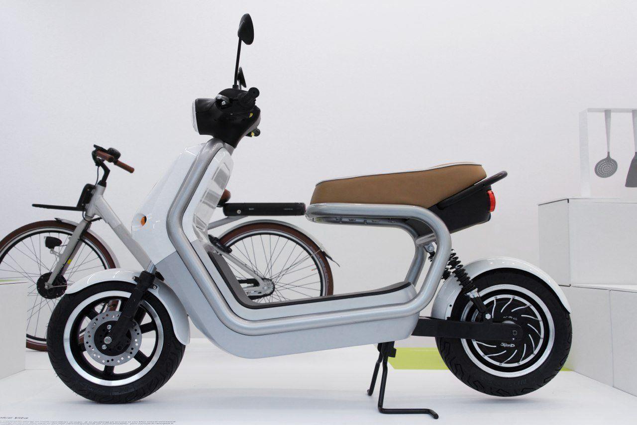 Robert Bronwasser with 'Smool' conquers Milan Design Week 2013