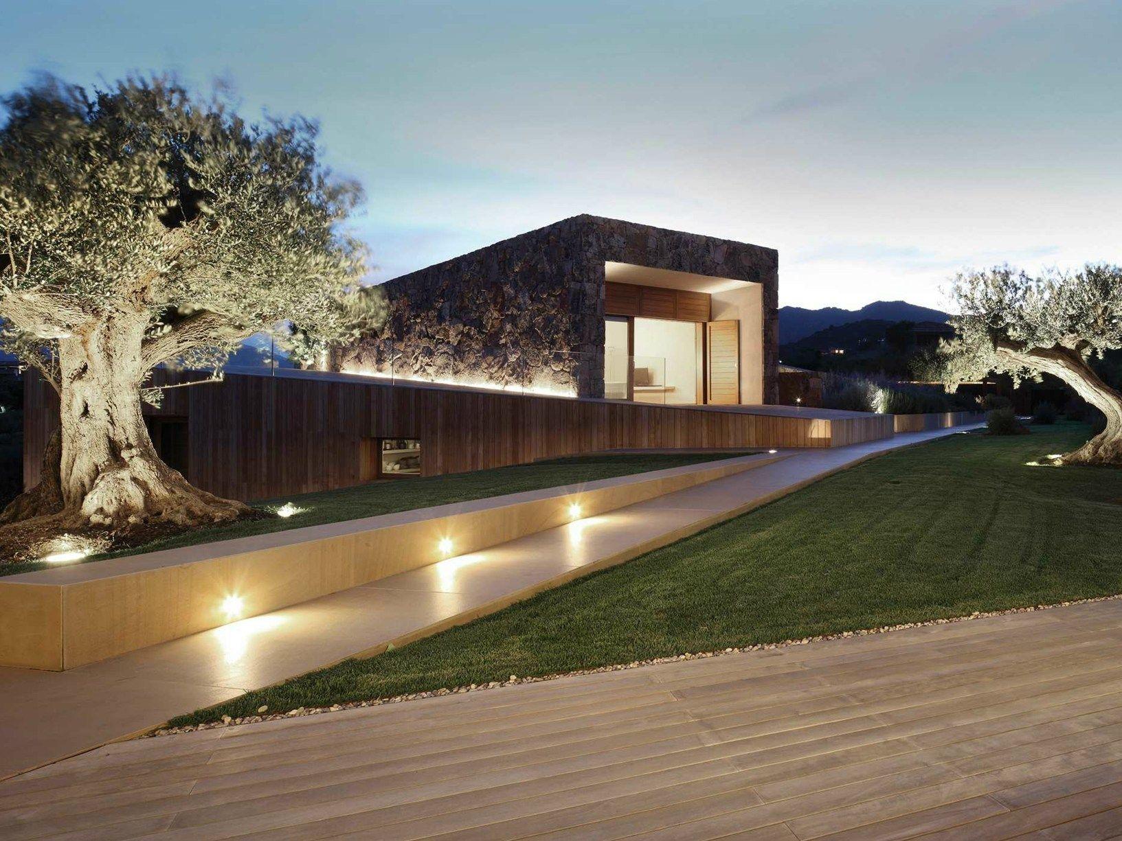 Platek light per il progetto di altromodo architects for Illuminazione led casa esterno
