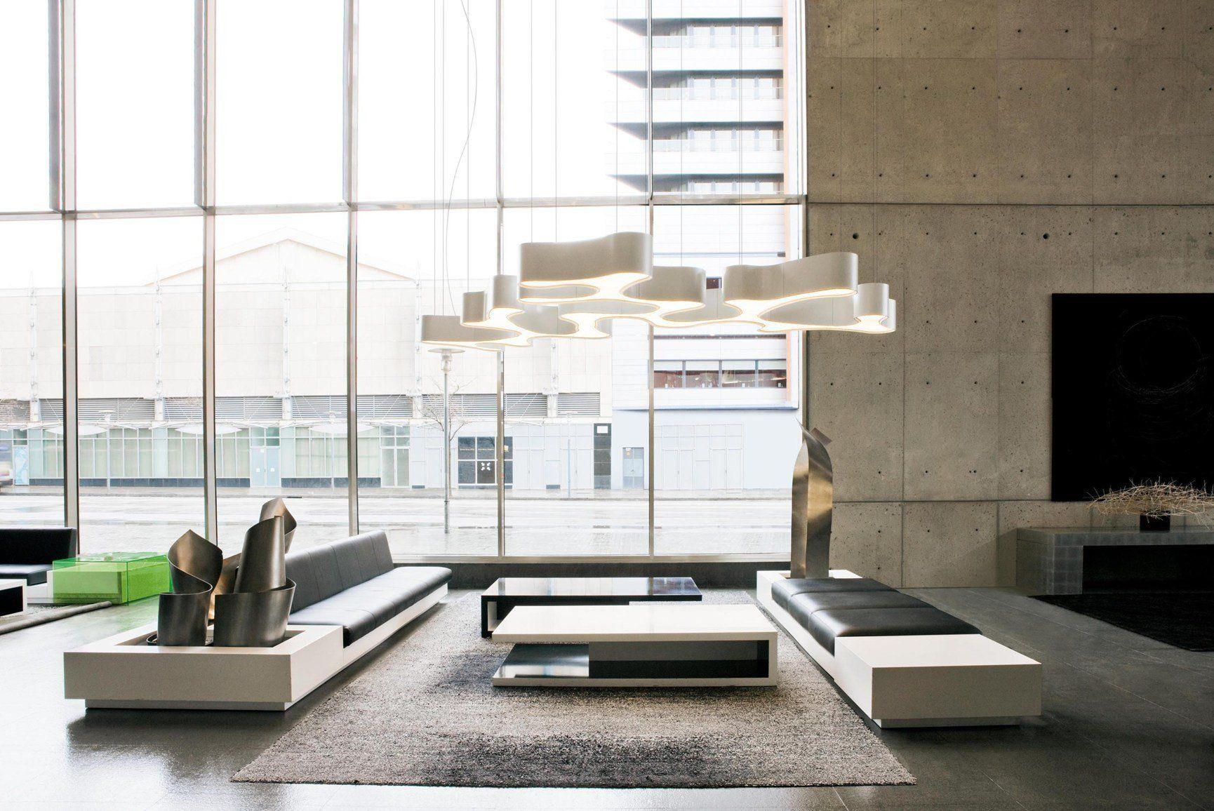 Iluminación y escultura para recrear espacios llenos de creatividad