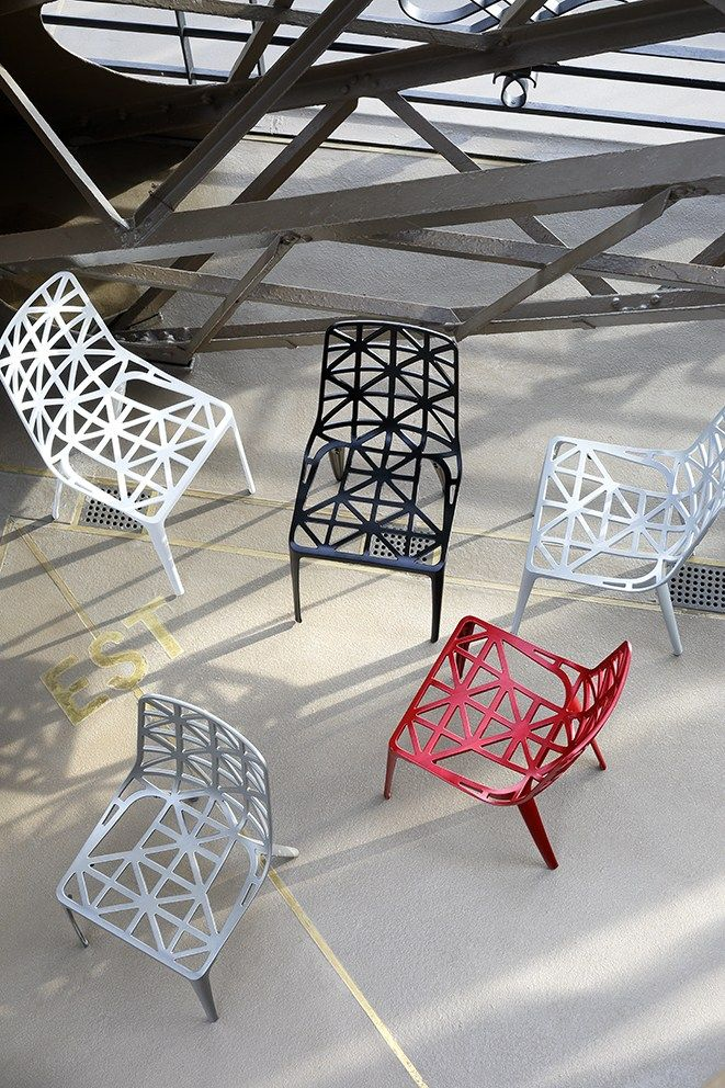 Craftsmanship and industry nouvelle chaise tour eiffel by for Chaise pied tour eiffel