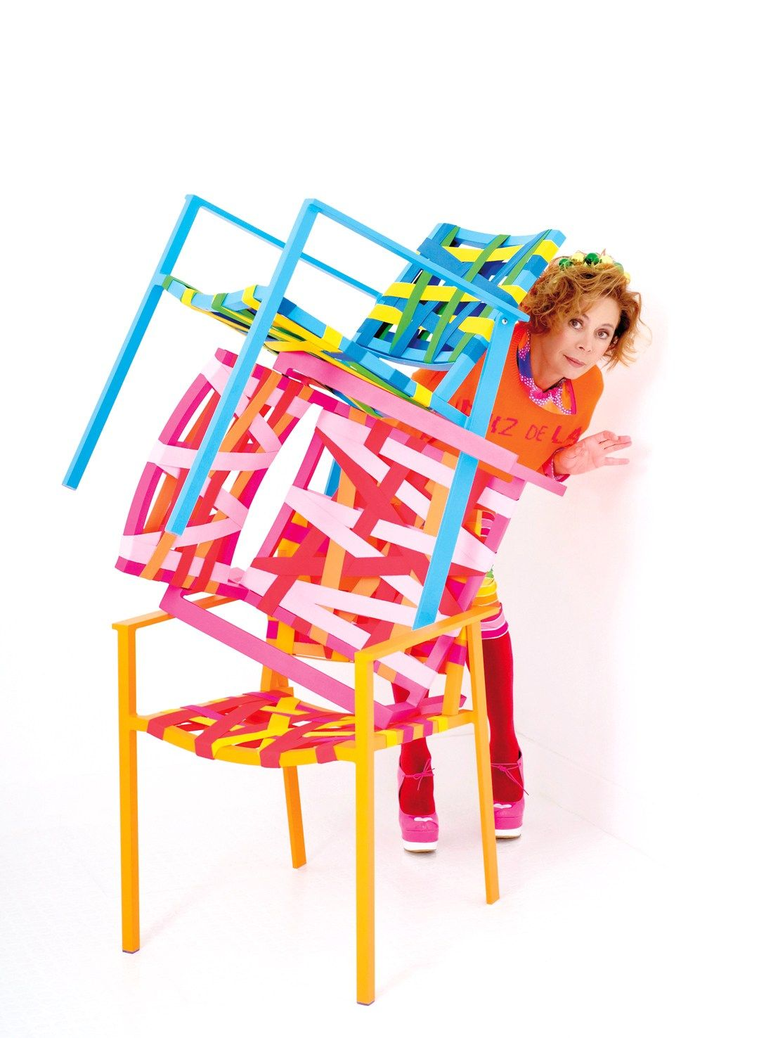 agatha ruiz de la prada reinterprets sifas collection. Black Bedroom Furniture Sets. Home Design Ideas