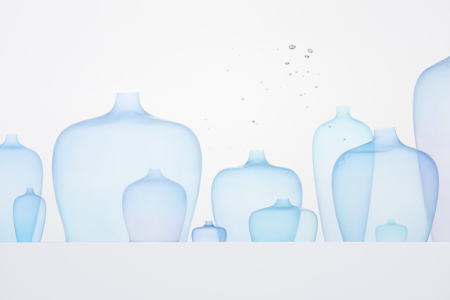 nendo jellyfish vase. Black Bedroom Furniture Sets. Home Design Ideas