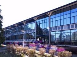Scuola Parini: raro esempio di edilizia scolastica modernista