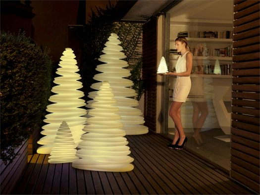 Enjoy this Christmas with Chrismy by Vondom
