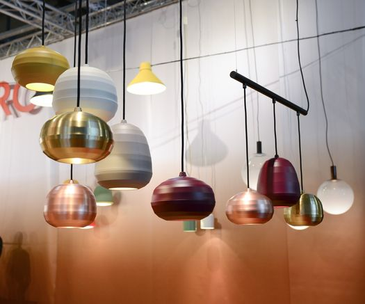 Lamps like ripe and colorful fruits hanging from a branch
