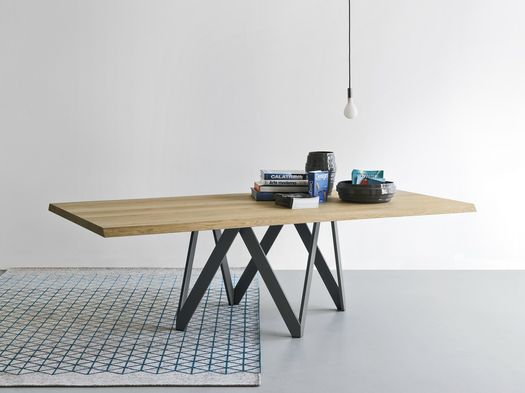 Versatile furniture, they fit with simplicity into the home