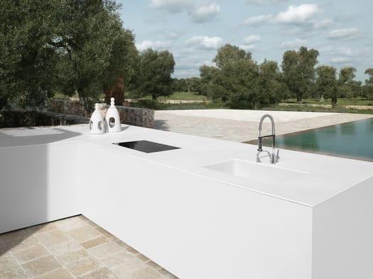Dai tavoli ai top di bagno e cucina: le novità Laminam