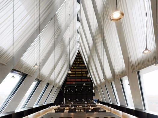 Artemide illuminates the Feltrinelli Foundation in Milan