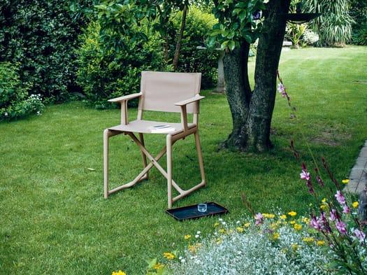 Philippe Starck reinterpreta la sedia da regista
