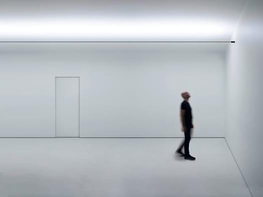 Infinito. A tribute to Lucio Fontana's art
