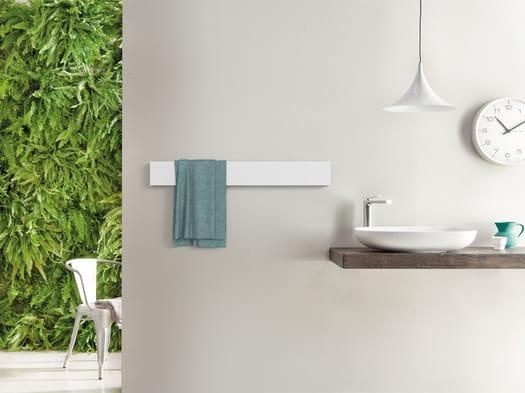 Towel Bar. Un segno rigoroso, essenziale, scultoreo