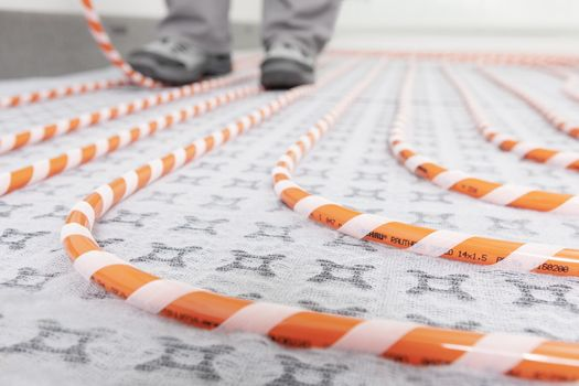 Rehau presents Rautherm Speed hook-and-loop system for underfloor heating/cooling at ISH 2017