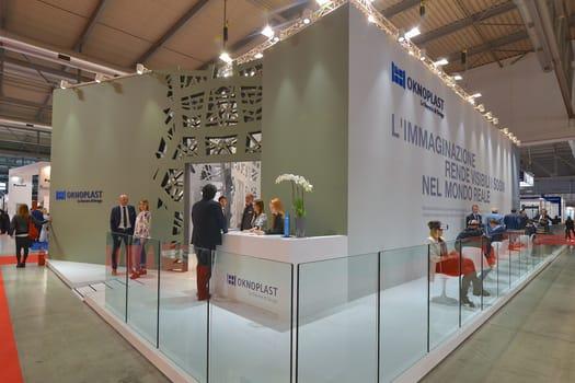 Oknoplast presenta lineaNATURA® e ALUover® a MADE Expo