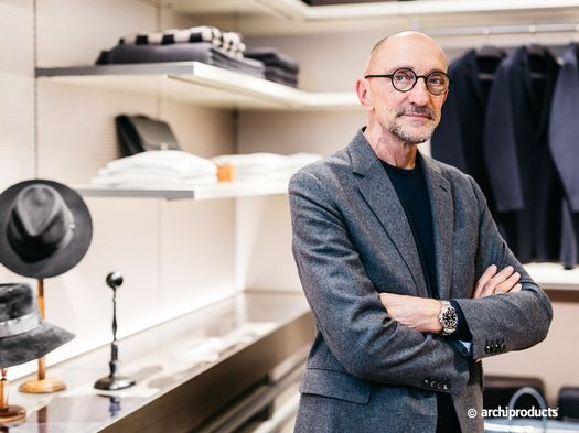 Rodolfo Dordoni renovates Senzafine, Poliform's walk-in wardrobe