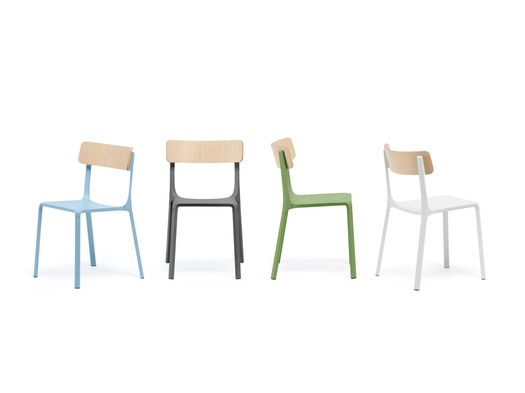 Ruelle: Philippe Tabet reinterprets the typical French bistro chair