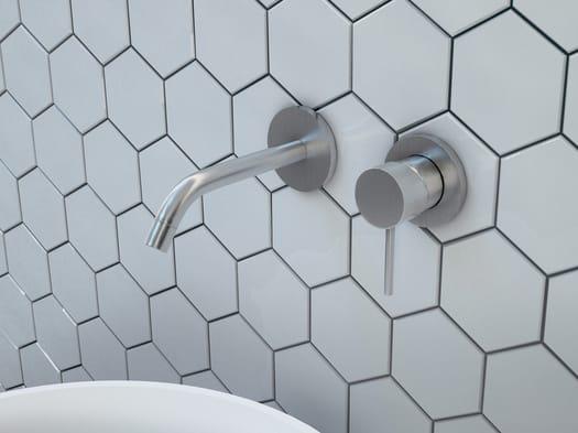 Forme slanciate e minimal in acciaio inox