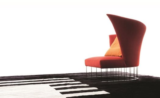 Erba Italia presents Virgola armchair