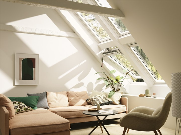 L 39 innovazione velux a made expo for Finestre velux in offerta